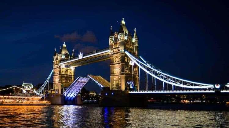 venue_tower-bridge-experience2