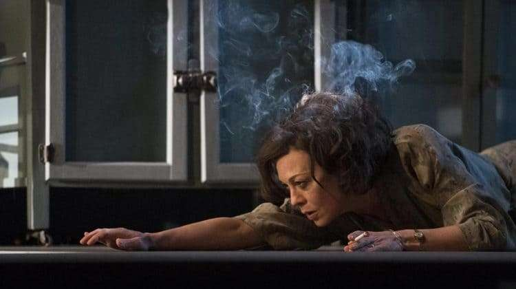 The Deep Blue Sea | National Theatre | Photo: Richard Hubert Smith